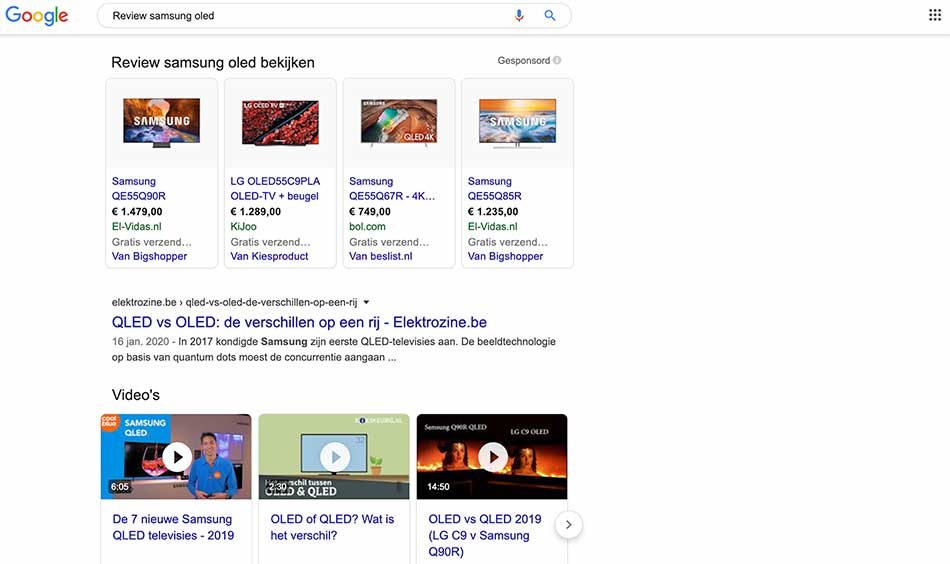 SERP-pagina met video reviews bovenaan